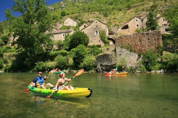 Le-Soulio-Canoe-slide-2