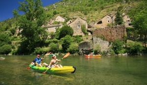 Le-Soulio-Canoe-slide-2_2